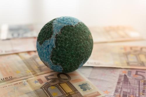 Geld für jeden auf der ganzen Welt